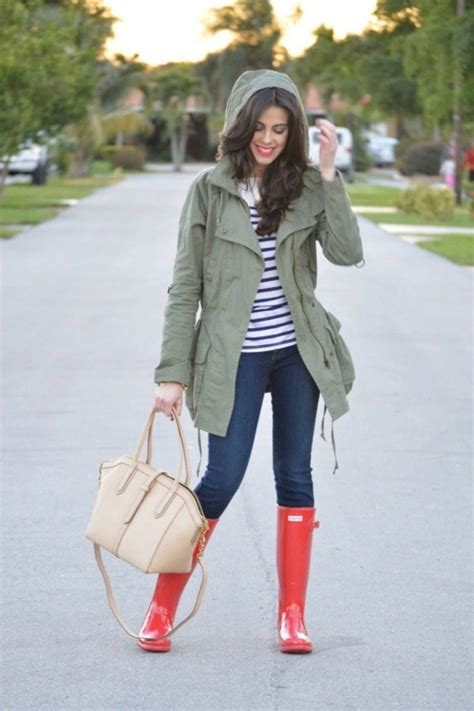 rainy outfit rain days boots outfits jacket cute jeans olive wear raining striped idea fall winter dash hunter its wellies