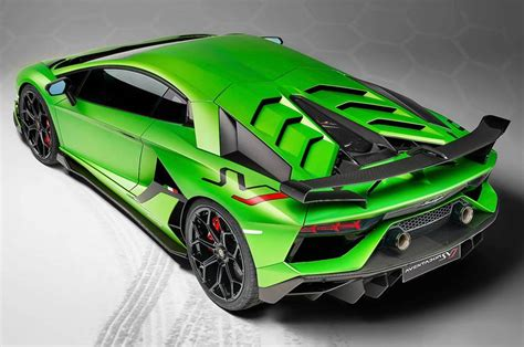 lamborghini aventador svj unveiled  pebble beach