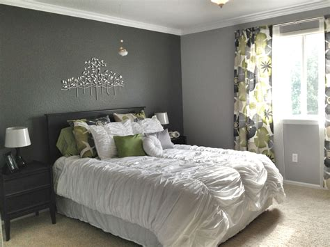 grey master bedroom dark accent wall fun patterned