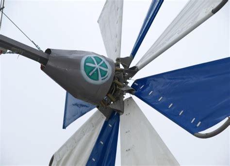 Изготовить ветрогенератор в домашних условиях.