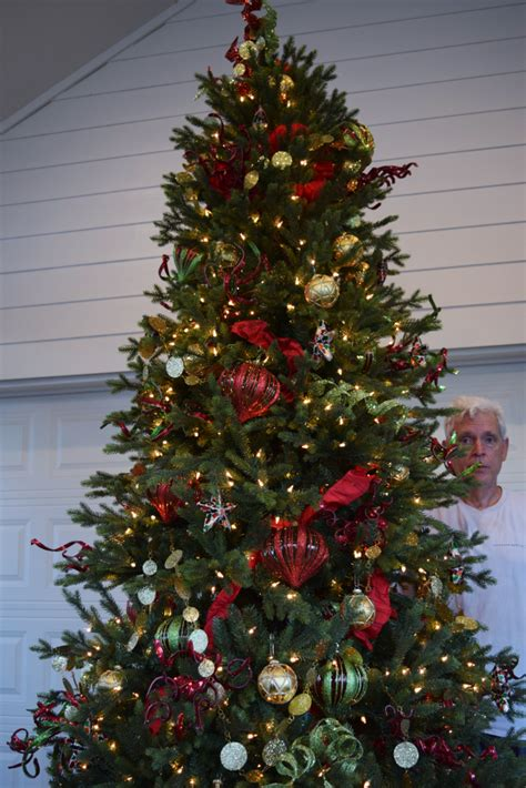 rental decorated christmas tree 7 5 ft