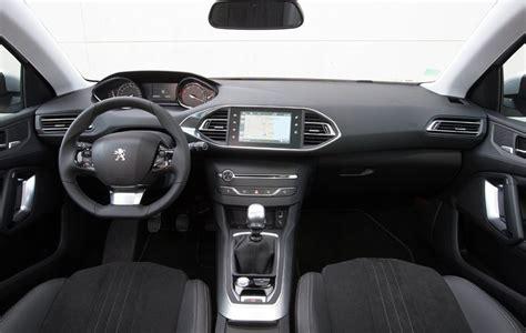 Interni Peugeot 308 by Peugeot 308 Sw Foto Panoramauto