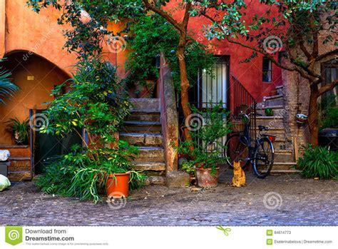 Il Cortile Roma by Cortile A Roma Italia Immagine Stock Immagine Di Pianta
