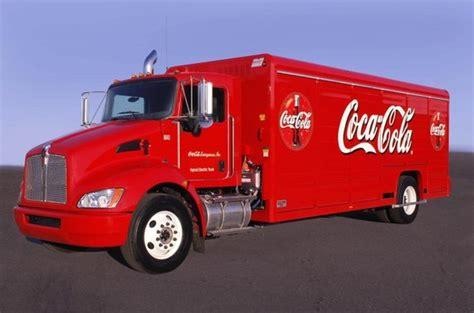 si鑒e coca cola entreprise coca cola une commande de 120 camions hybrides et un test de 3 toyota prius hybrides rechargeables
