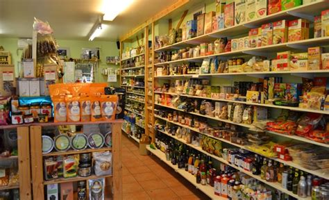 cuisine store finding the health food store