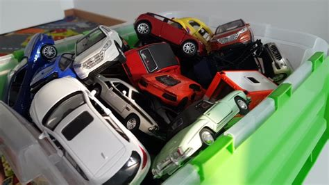 Play Review 100 Welly Cars For Kids