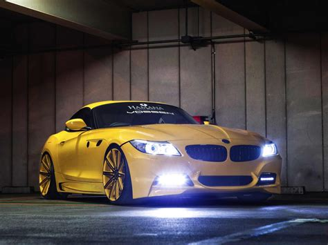 Bmw Z4 Hd Picture by Yellow Bmw Z4 Wallpaper Hd Pictures