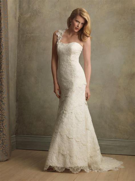 ivory  shoulder sheath vintage wedding dresses