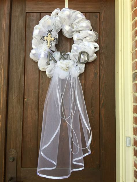 17 Best Ideas About Wedding Door Wreaths On Pinterest
