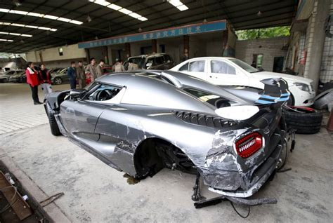 koenigsegg china man destroys 163 2 7m koenigsegg supercar in china s most