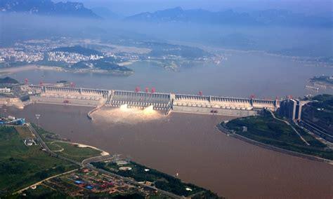 un chinois cuisine photos déversement d 39 eau sur le barrage des trois gorges chine informations