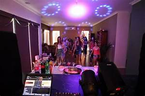 Singing House Lights Kids Party Dj Hire Discosource Djs Get A Quote