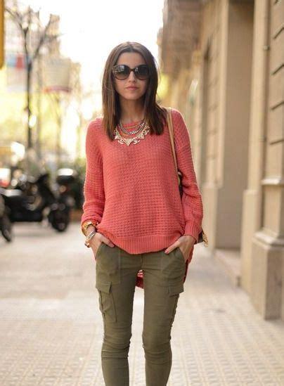 Best 25+ Peach pants outfit ideas on Pinterest | Peach pants Coral pants outfit and Coral ...