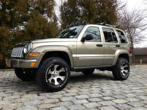 liberty jeep 2005 sell used 2005 jeep liberty limited sport utility 4 door 2