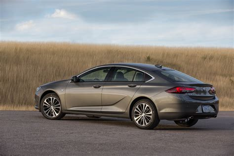 eight cool things you need to know about the 2018 buick regal automobile magazine