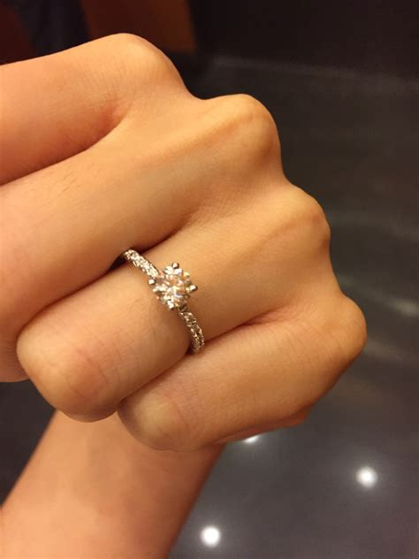 engagement ring lost rewards if found