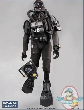 scale action figure accessories combat diver set