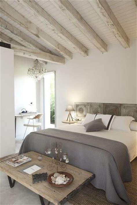chambre avec poutre décoration chambre avec poutres