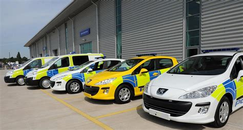 peugeot cars uk peugeot police cars to patrol the uk autoevolution