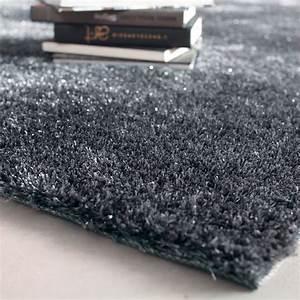 Tapis A Poils Long : tapis poils longs en tissu gris 200 x 300 cm lumi re maisons du monde ~ Teatrodelosmanantiales.com Idées de Décoration