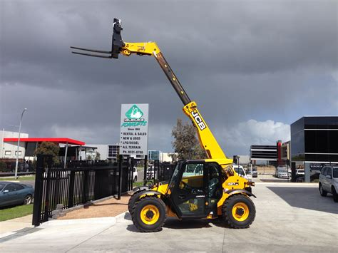 rough terrains melbourne forkliftsmelbourne forklifts