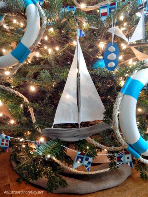 unique ways  decorate  nautical christmas tree