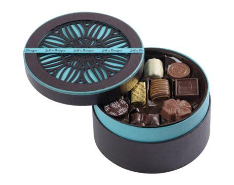 cuisiner des marrons en boite boites de chocolats et rochers jeff de bruges boite