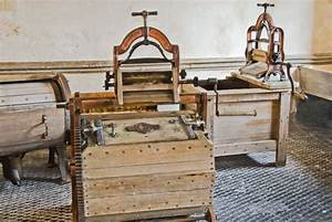 Chirk Castle  The Restored Laundry  Ancient Manual Laundry
