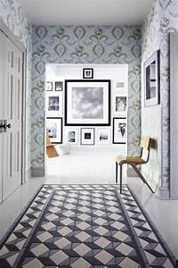 Couloir Gris Et Blanc : papier peint pour couloir comment faire le bon choix ~ Melissatoandfro.com Idées de Décoration