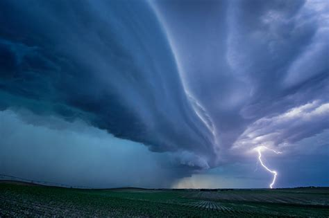 weather extreme storm lightning hurricane climate tornado change striking