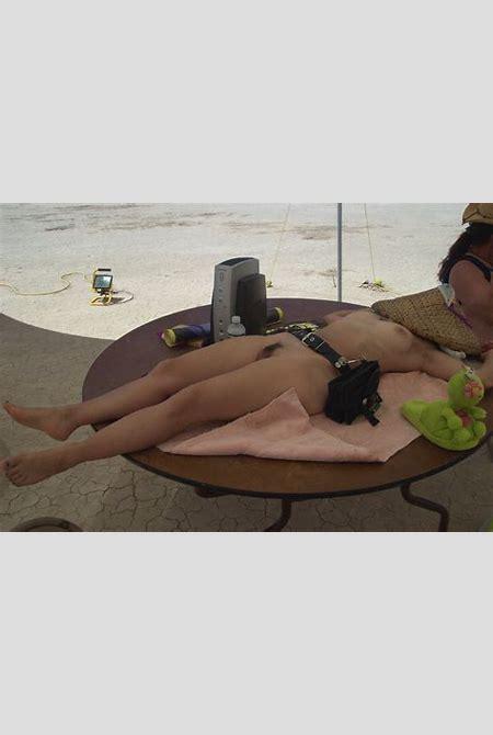 Burning Man Nudes - PornHugo.Com