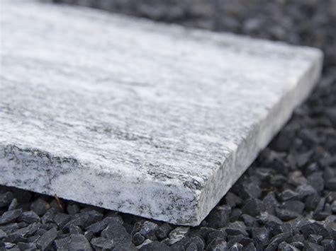 granitplatten garten naturstein gartenplatten granit everest green4living