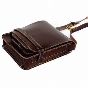 Esszimmerstühle Leder Braun : herren handtasche 685 a4 hochformat leder braun ~ Markanthonyermac.com Haus und Dekorationen