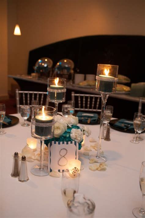 roaring  vintage glam centerpieces weddingbee