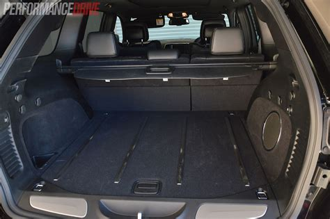 jeep grand cherokee srt cargo space