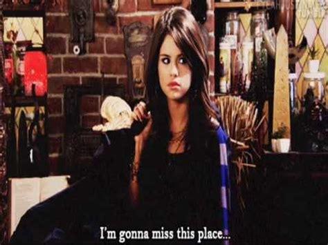 Selena Gomez/alex russo funny moments - YouTube