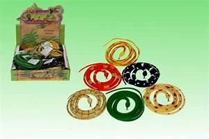 Geschenke 24 Gmbh : pvc schlange 24 6sort 105cm cornelissen natierliche geschenke gmbh co kg ~ Orissabook.com Haus und Dekorationen