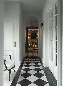 Couloir Gris Et Blanc : le carrelage damier noir et blanc en 78 photos ~ Melissatoandfro.com Idées de Décoration
