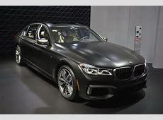 BMW M760i xDrive Flexes Its 600 HP V12 Muscle In LA
