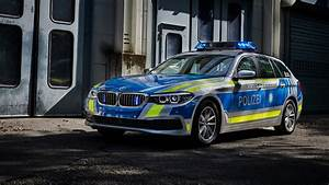 Bmw 530d Touring : 2017 bmw 530d xdrive touring polizei wallpaper hd car wallpapers id 8383 ~ Gottalentnigeria.com Avis de Voitures