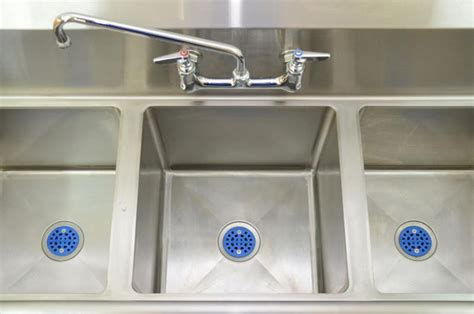 commercial kitchen sink strainer commercial sink strainer drainshield for restaurants