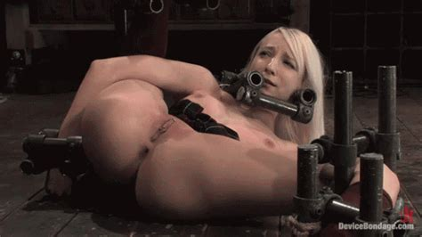 Bdsm 54 Open Legs And Whipped Hard 1manview