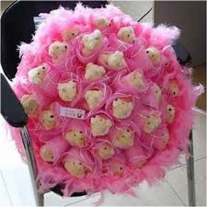 Beautiful Teddy bear bouquet of 30 teddy bear with fur and ...