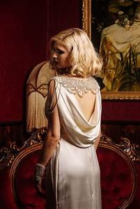 Glamorous Old Hollywood Inspired Bridal Fashion from ...