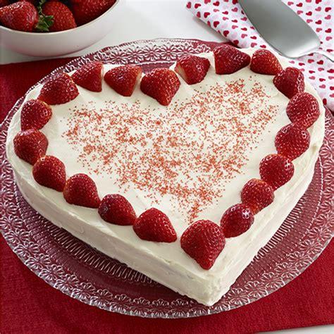 strawberries  cream cake ready set eat