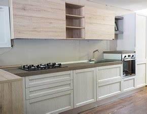 Outlet Cucine con penisola Prezzi Sconti online 50% / 60%