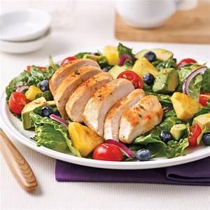 Salade Poulet Avocat : salade repas au poulet ananas bleuets et l gumes ~ Melissatoandfro.com Idées de Décoration