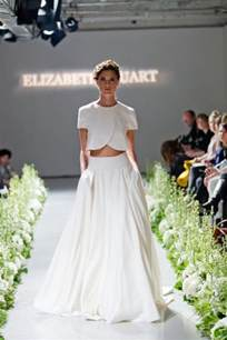wedding dresses for hire 2015 wedding trend two bridal dresses kavita mohan