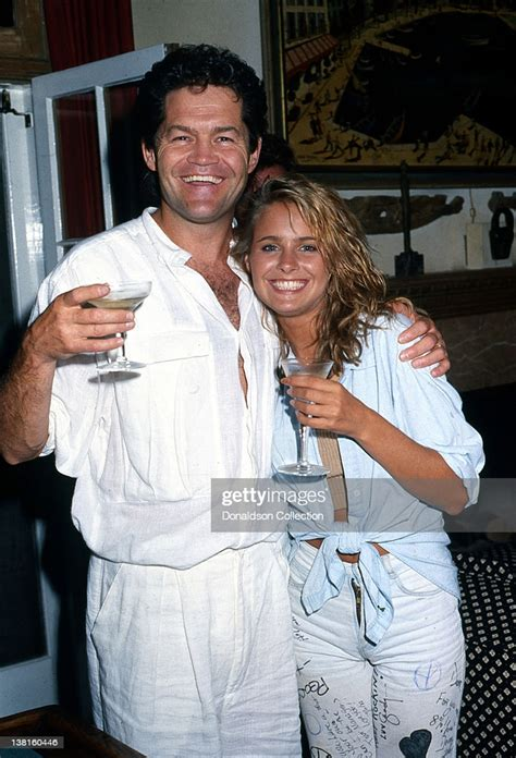 actor micky dolenz   daughter ami dolenz lift  glass  good news photo getty images
