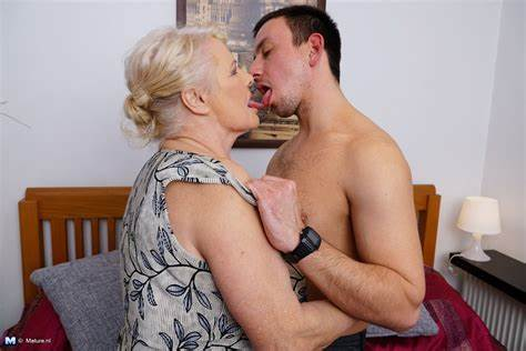 European Granny Willing Bbw Boys This Mommiesmommie Biggest Dolly Loving Her Toys Stepdad At Granny Stretched Pics